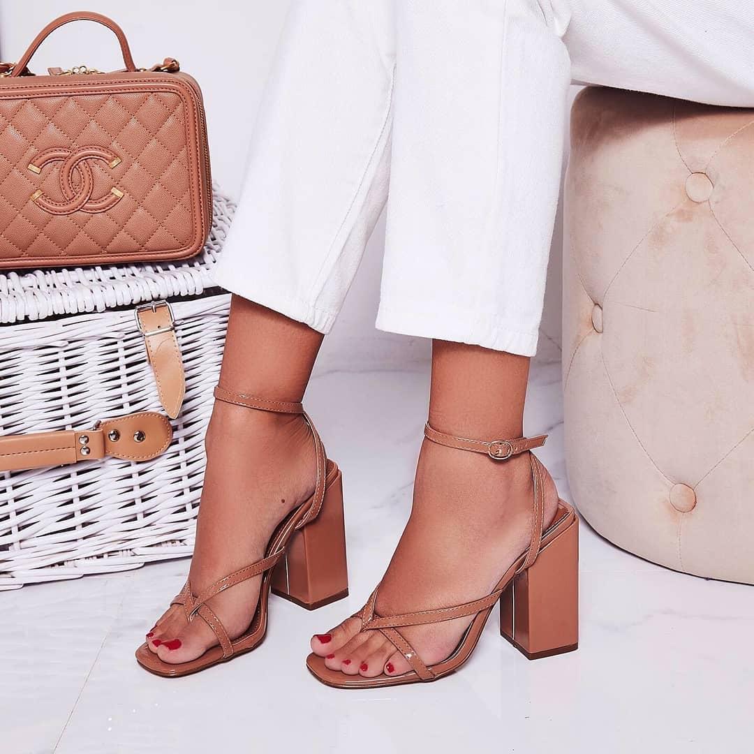 Grace Toe Strap Block Heel In Mocha Patent