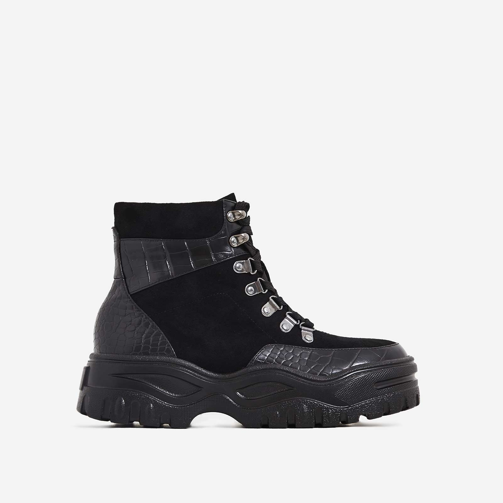 Boden Chunky Sole Lace Up Ankle Boot In Black