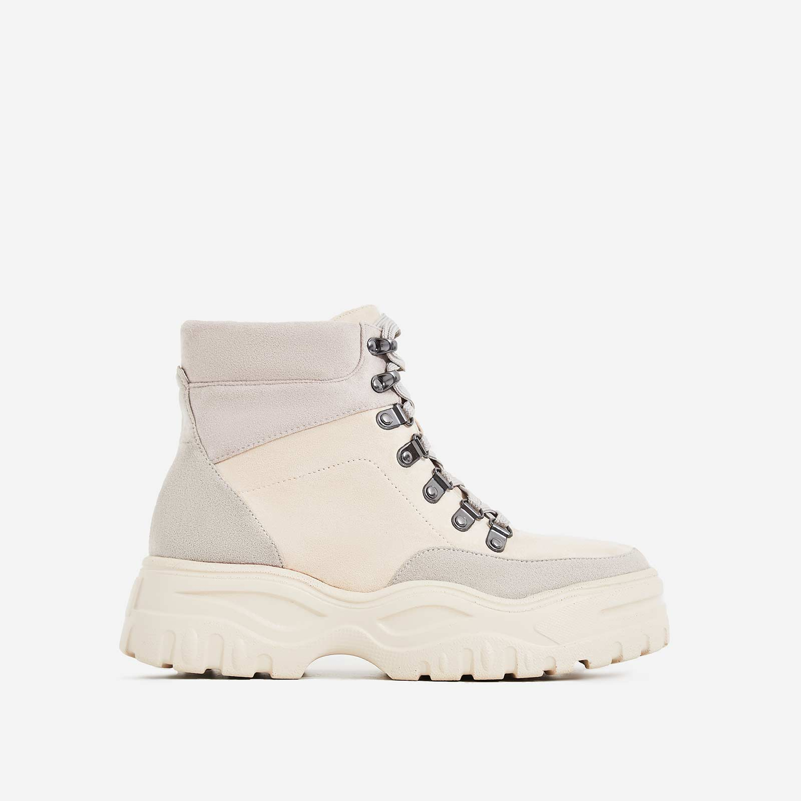 Boden Chunky Sole Lace Up Ankle Boot In Off White
