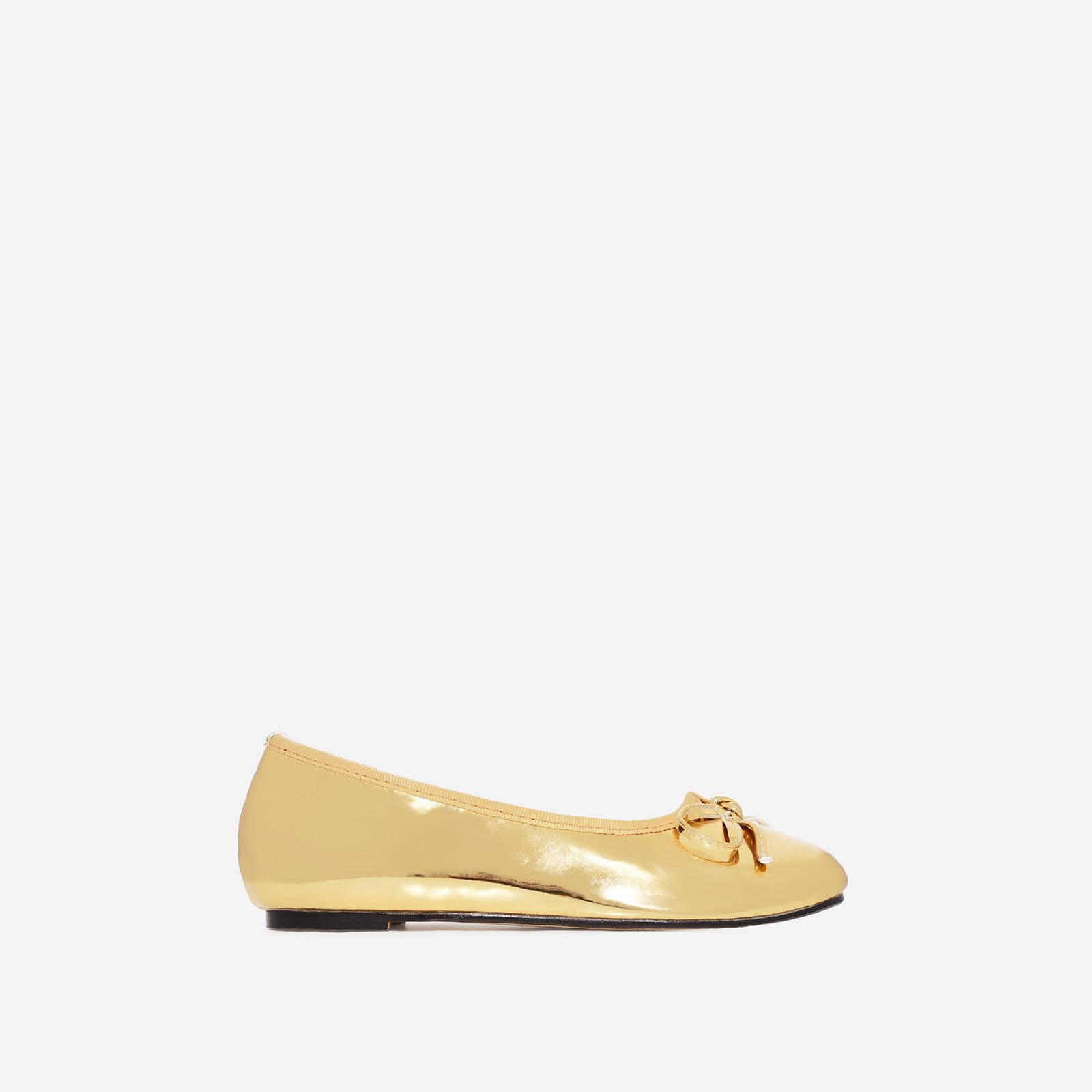 Ballerina Girl's Bow Detail Flat Ballet Pump In Gold Patent