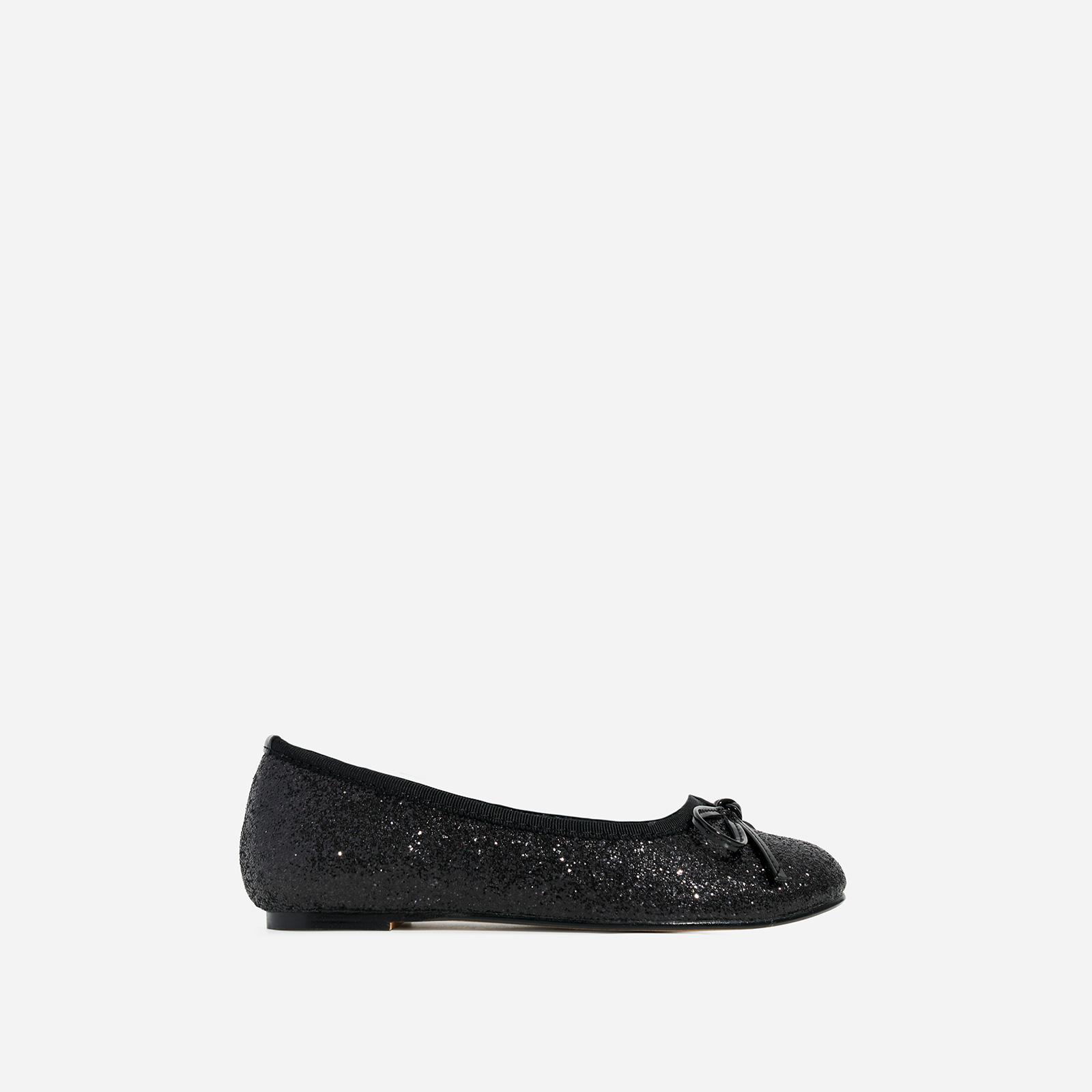 Ballerina Girl's Bow Detail Flat Ballet Pump In Black Glitter