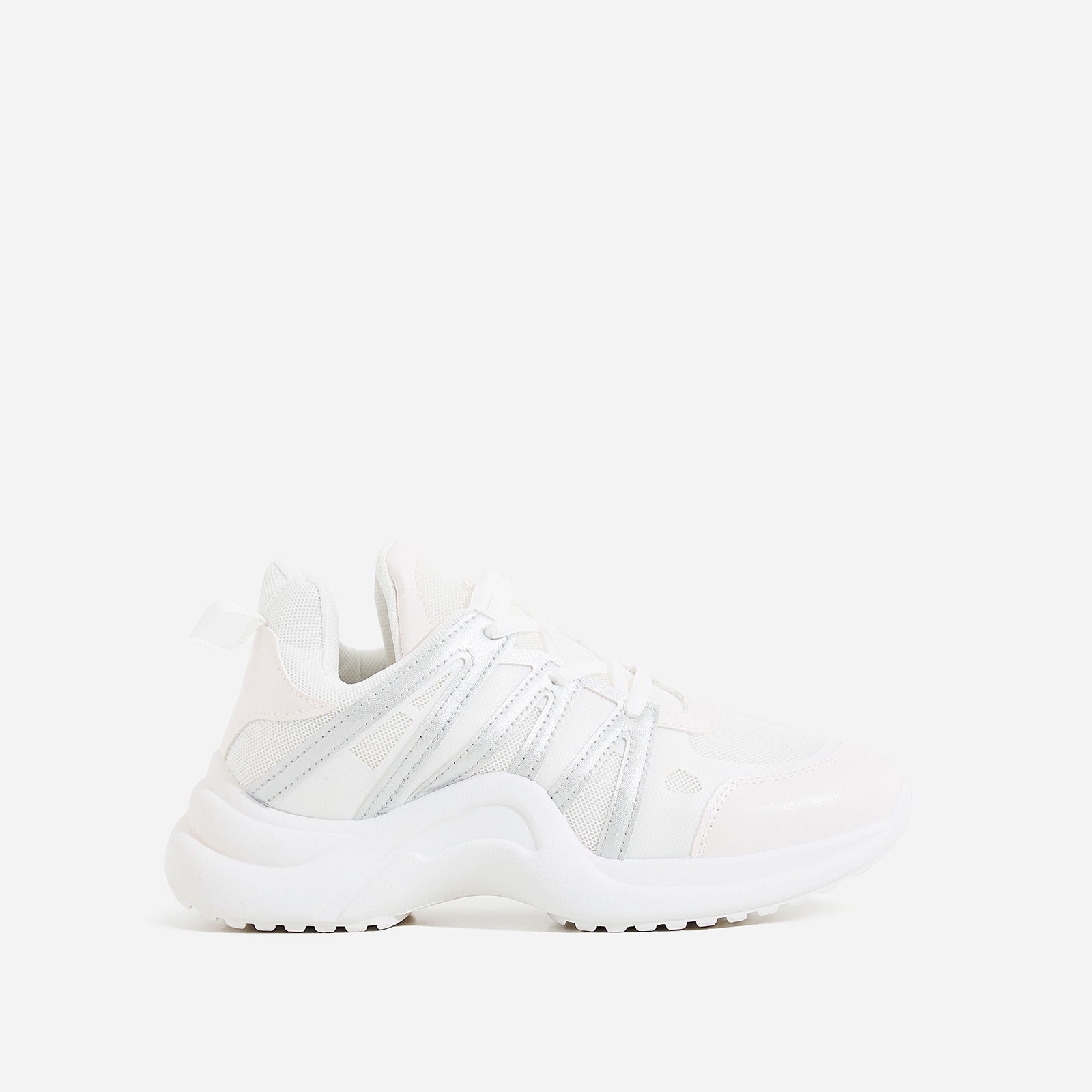 Nikki Wave Sole Trainer In White And Silver