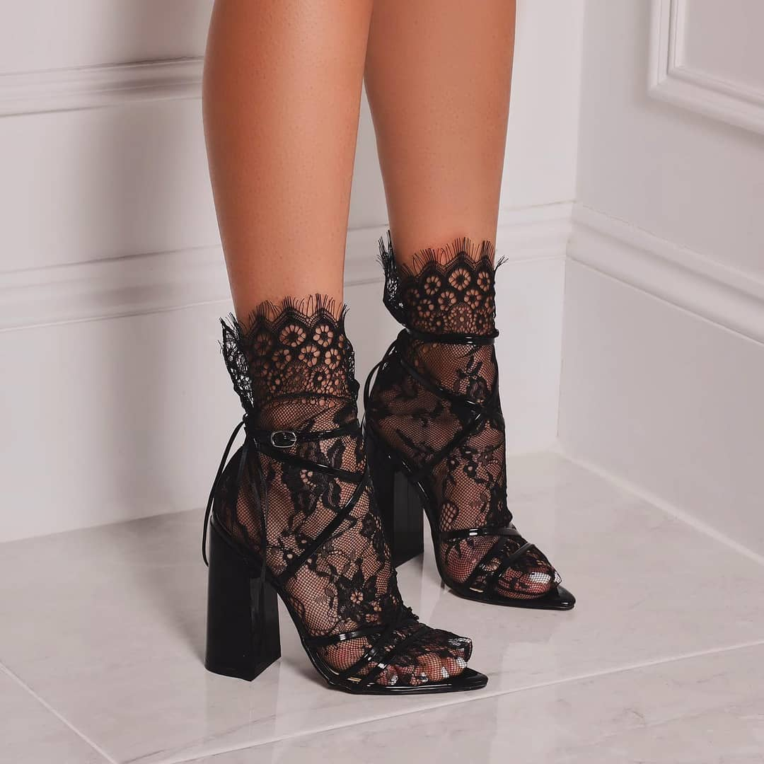 Floral Print Socks In Black Lace