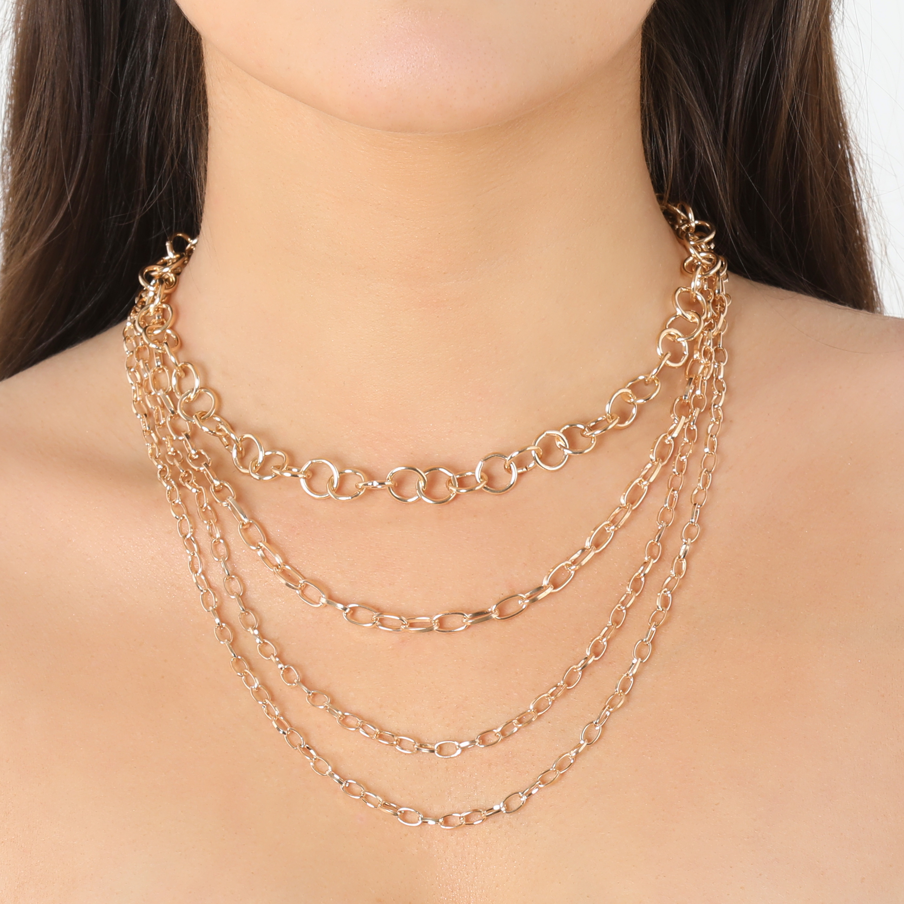 Multi Circle Chain Necklace In Gold